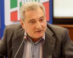 """Sanità, E. Russo: """"Polimeni reo confesso cambia il decreto sulla sanità accreditata. Sconfessato da asse De Luca-Lorenzin, ora lasci""""."""